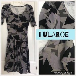 Lularoe dress Nicole geometric black/Gray XS shape